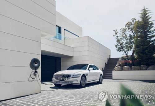 This file photo provided by Hyundai Motor shows the electrified G80 sedan. (PHOTO NOT FOR SALE) (Yonhap)